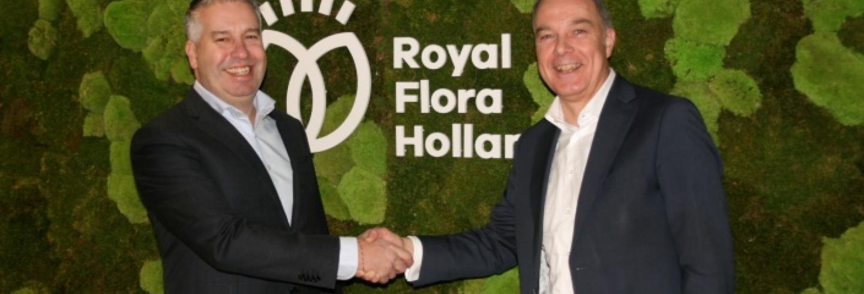 Rogier Verbeek en Frans Slingerland geven elkaar de hand